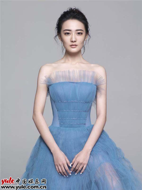 徐璐再度入围年度女演员作品人气双面开花
